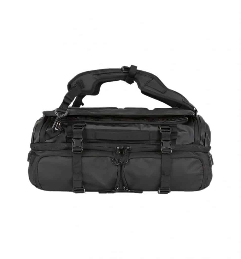 Wandrd Hexad Access Duffel Backpack straps can be a little uncomfortable.