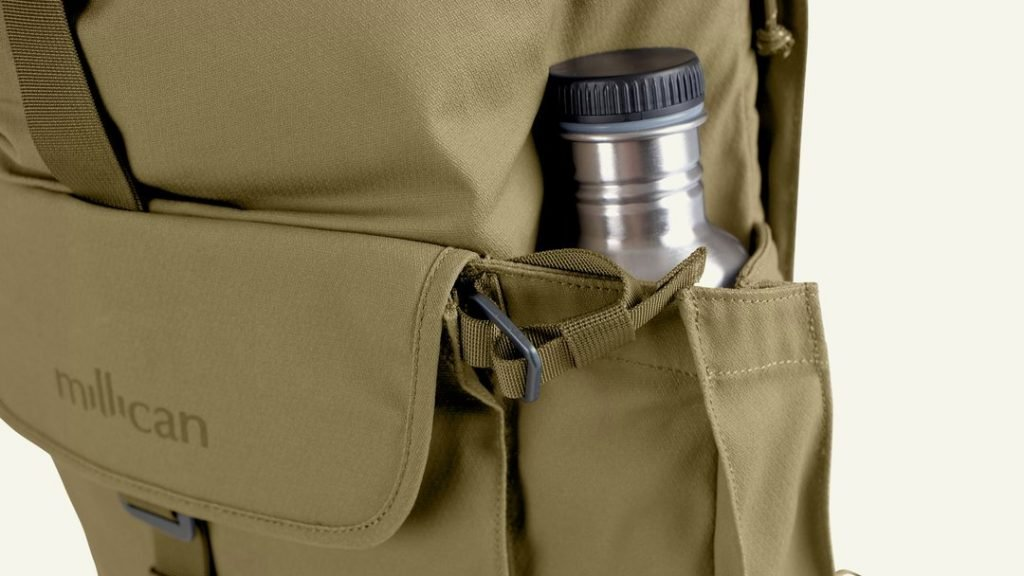 Two great water bottle pockets. Quite expandable. Two great water bottle pockets. Quite expandable.