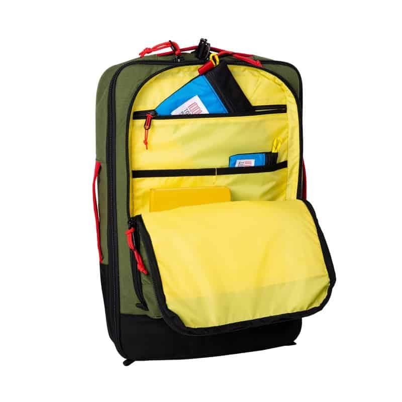 Topo Travel Bag (30 + 40L) Nice organization. Nice external access.