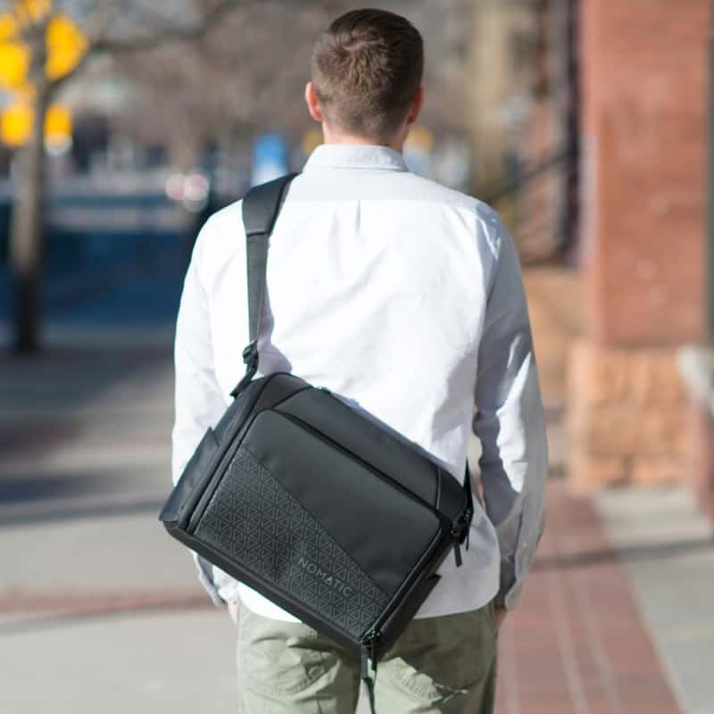 Nomatic Messenger Bag All black boxy design.