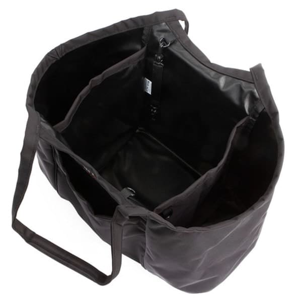 Inner compartment organization is excellent. Inner compartment organization is excellent.