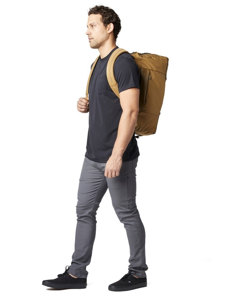 Duffel or backpack carry. 32L capacity. Duffel or backpack carry. 32L capacity.