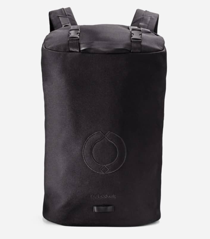 RiutBag X25 Convertible Security Backpack Just a flat, zipperless face on the outside.
