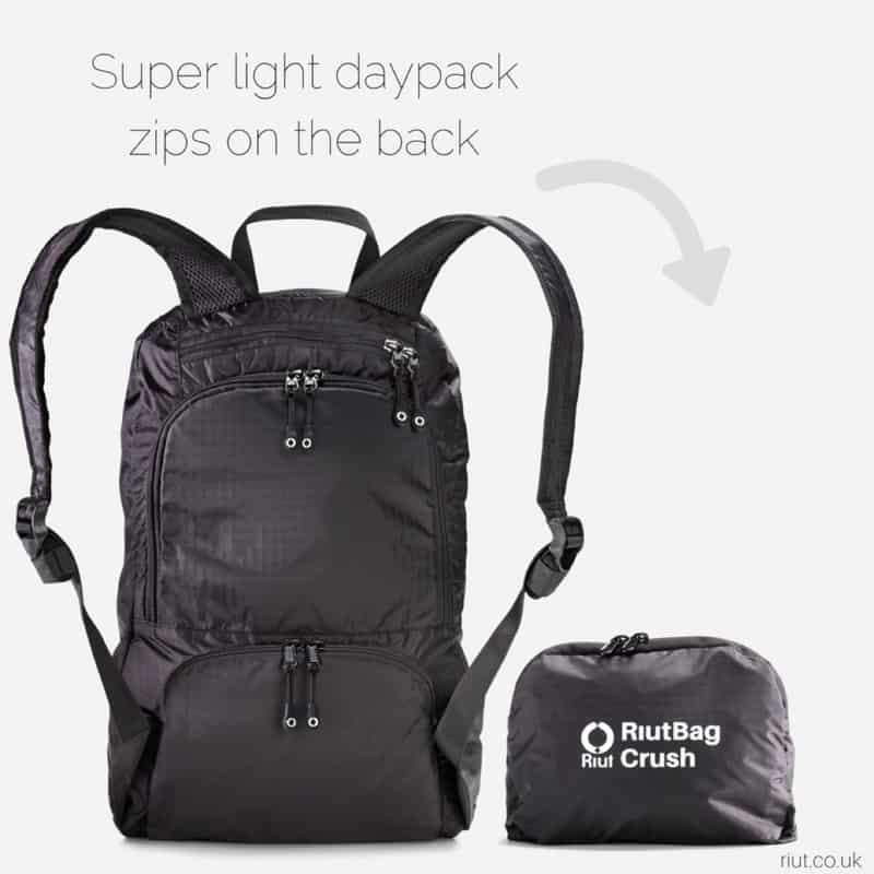 A very lightweight, packable bag with decent organization. A very lightweight, packable bag with decent organization.