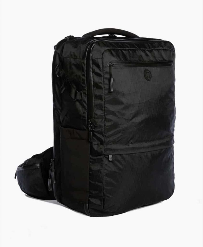 Solid all-black looks. Extremely durable and water resistant and padded... so your gear is safe. (Bulky tho.) Solid all-black looks. Extremely durable and water resistant and padded... so your gear is safe. (Bulky tho.)
