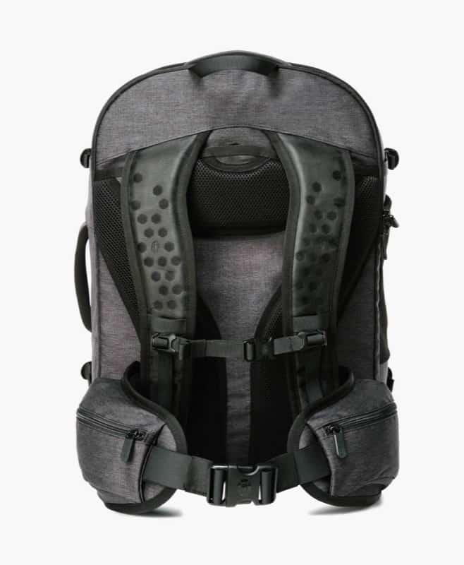 Really robust and comfortable back panel and straps. Hip straps are great as well. Really robust and comfortable back panel and straps. Hip straps are great as well.