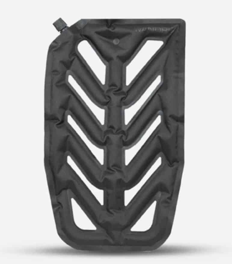 Inflatable back panel adds support and comfort in an uber compact footprint. Inflatable back panel adds support and comfort in an uber compact footprint.