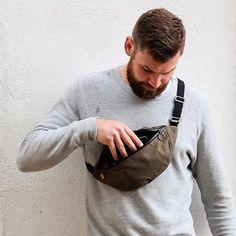 Trakke Bannana Crossbody Bag